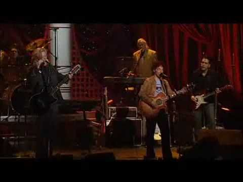 """Daryl Hall and John Oates perform their mega-hit song """"Do It For Love"""" LIVE on the cable television show """"A and E Live by Request"""" on March 24, 2003. the filming location was at John Jay College in New York City. love new York!!! all New York, all the time!!! xoxo. video is courtesy of www.youtube.com."""