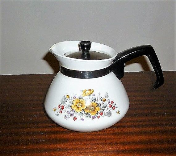 """$30     Vintage 1970s Corning Ware 6 Cup Tea Pot With Insert Featuring the Pattern """"Bantry"""" / Retro Stove Top Kettle by V1NTA6EJO"""