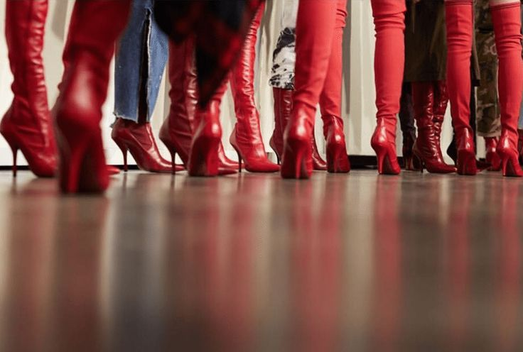 Fendi AW17 Kinky Boots Milan