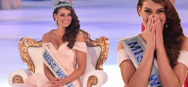 Rolene Strauss crowned Miss World 2014 (AFP Photo) Here are 10 interesting facts you might not have known about Rolene:  1) She is originally from Volksrust, a town in Mpumalanga.  2) She is currently living in Bloemfontein.  3) She is 22-years-old.  4) She is a third year medical student at the University of the Free State