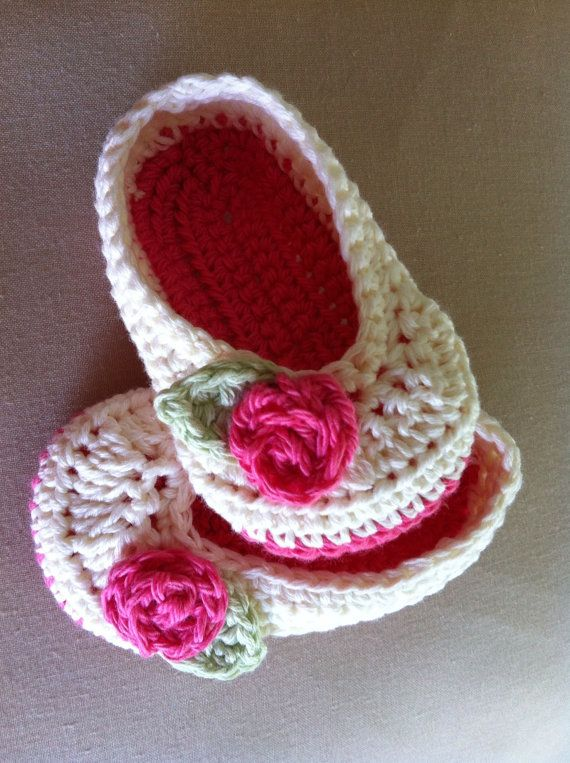 Crochet Baby Girl Ballet Flats @Megan Ward Dorman if I am having a girl I would like you to make the please ;)