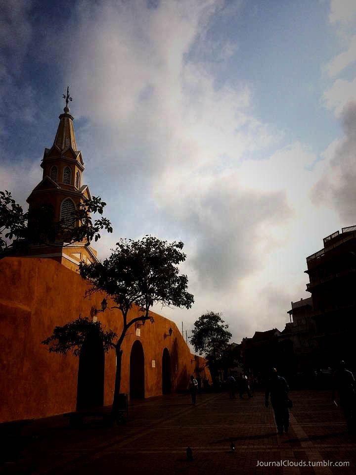 A esta hora desde Cartagena. Nubes de película. Envía @cinedelsur desde elFestivalInternacional deCine de Cartagena.