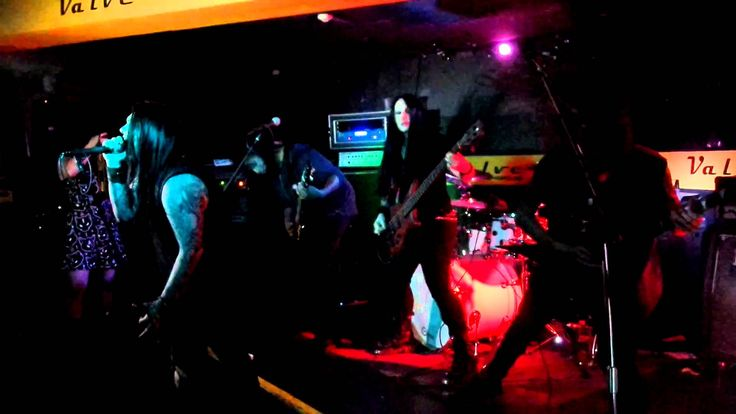 Perth band Deadspace's first time in Sydney! In Ecstatic Sorrow - live Sydney Valve Bar 18 Mar 2016, supporting Whoretopsy. The vocalist just took few sips o...