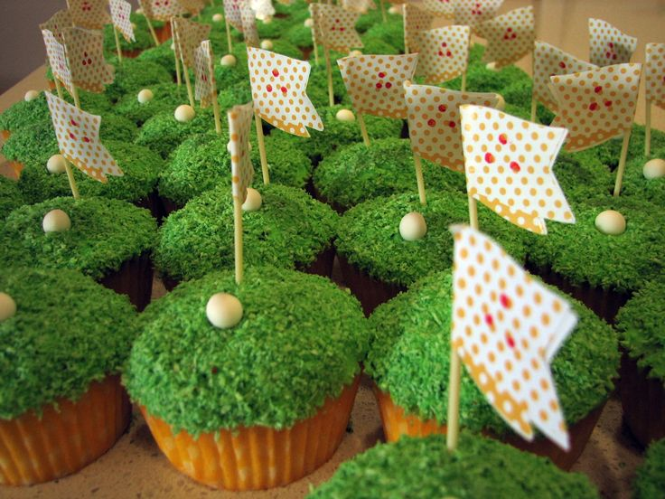 50 golf cupcakes to go with the large golf ball cake.
