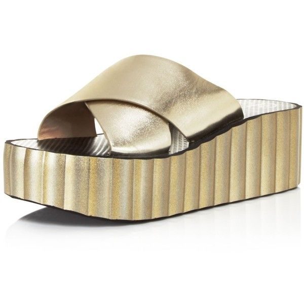 Tory Burch Scalloped Wedge Flip-Flops ($98) ❤ liked on Polyvore featuring shoes, sandals, flip flops, spark gold, sparkly wedge sandals, leather wedge sandals, leather flip flops, sparkly flip flops and metallic flip flops