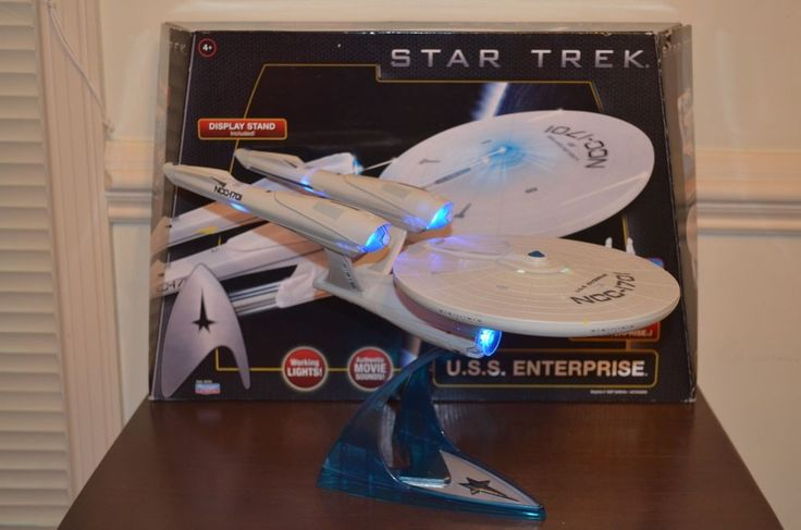 Playmates Star Trek 2009 Movie Enterprise Ship