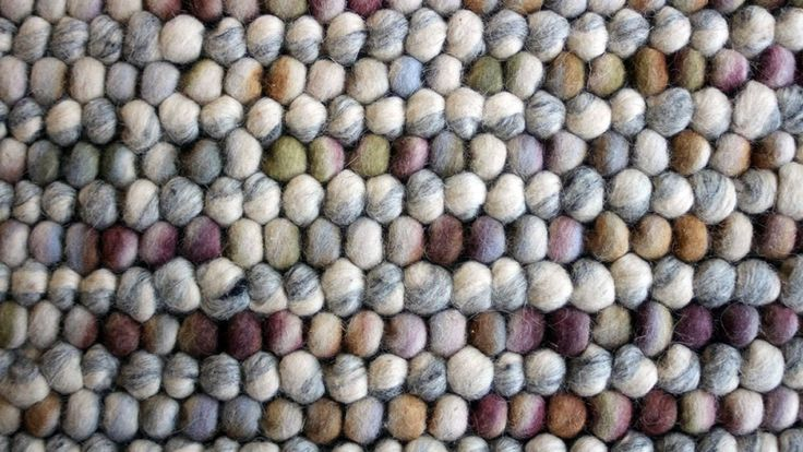 Mix ullmatta olika färger bollar