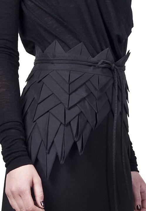 black pointed Fabric manipulation belt