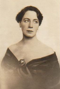 Pauline Brunius Net Worth