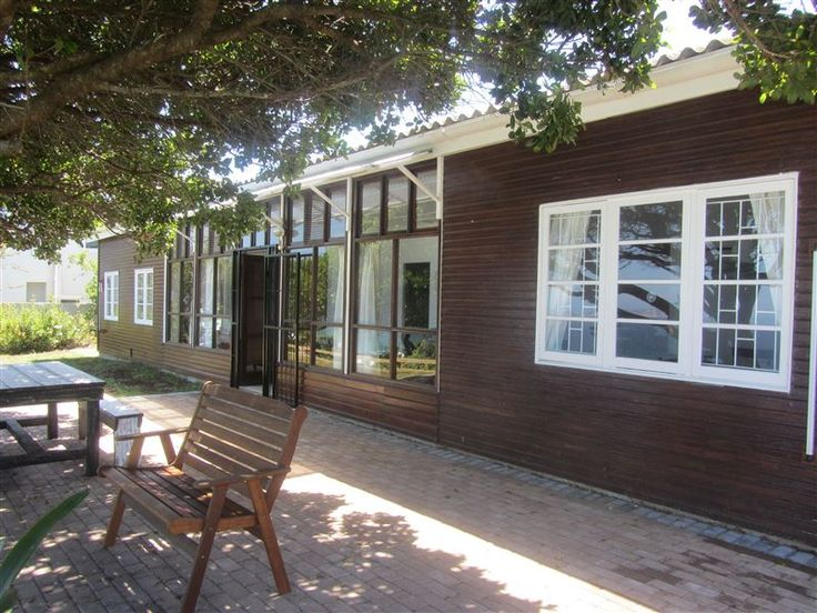 Gulls Way - Gulls Way is a refurbished wooden beach cottage, in Keurbooms Strand, near Plettenberg Bay.The cottage has both sensational sea views, and a beautiful view of the indigenous forest on the other side of ... #weekendgetaways #keurboomstrand #gardenroute #southafrica