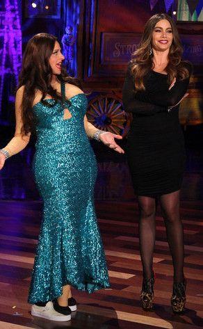 Ripa's Wardrobe Malfunctions on Regis and Kelly | E! News