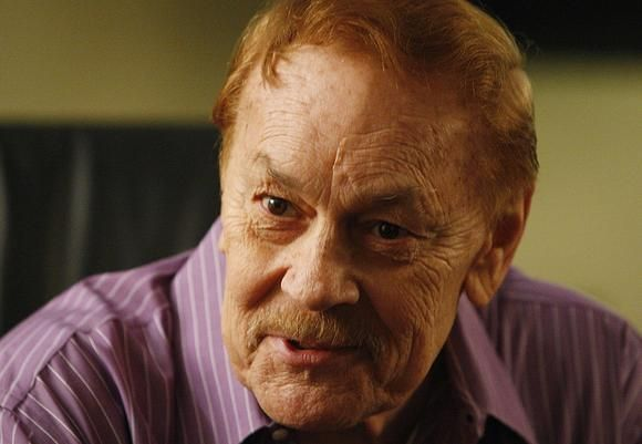 Longtime owner of the Los Angeles Lakers Jerry Buss dies at 80. (via @Los Angeles Times)