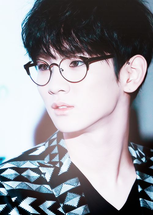 Key | SHINee (My bias ruiner) | I think this is my favorite picture of him so far