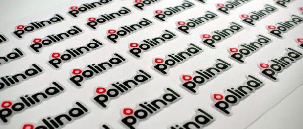 Folia przezroczysta w produkcji etykiet 3D