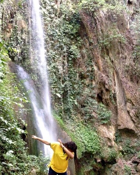 Dabbing at the Cascada El Salto in Mexico