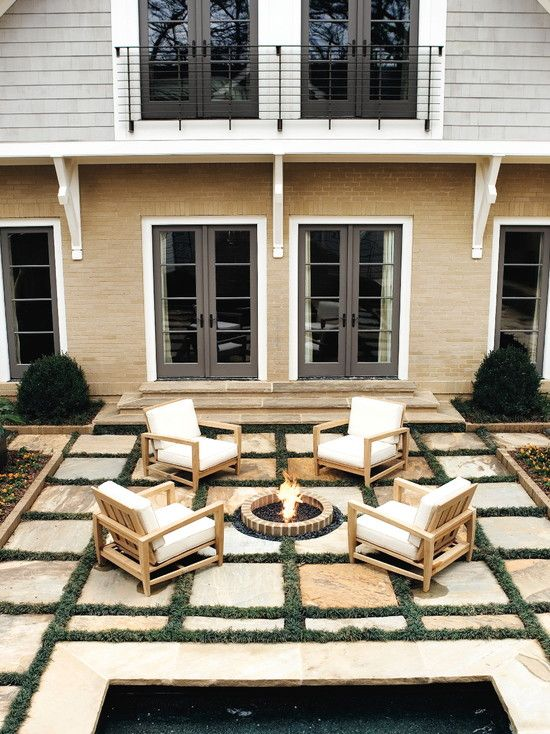 Create the perfect outdoor oasis with landscaping glass!