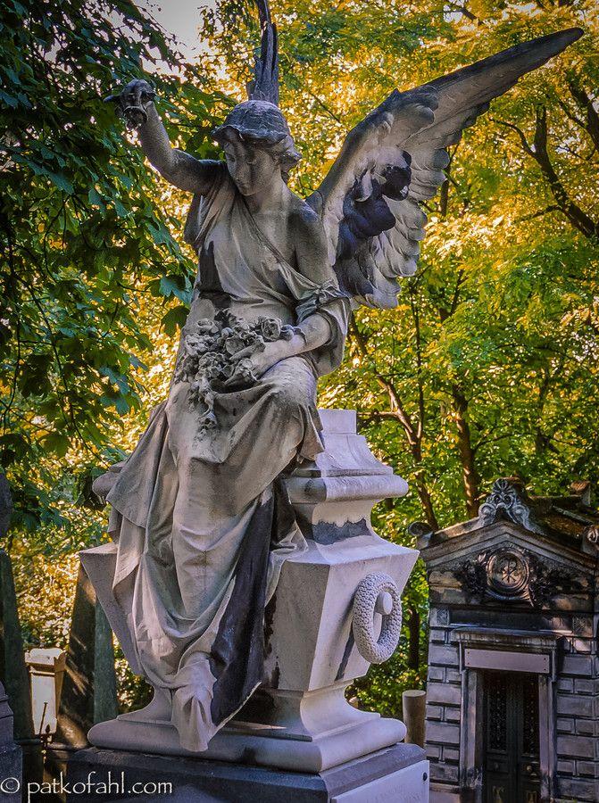 84 mejores im genes sobre estatuas de cementerio o - Estatuas de jardin ...