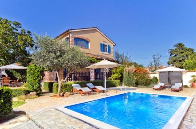 Ab in den Süden – Lust auf Sonne & Meer #Ferienhaus #Pool #Istrien #Kroatien #last-minute Info Istrien Pur: http://www.istrien-pur.com/ab-in-den-sueden-lust-auf-sonne-meer/