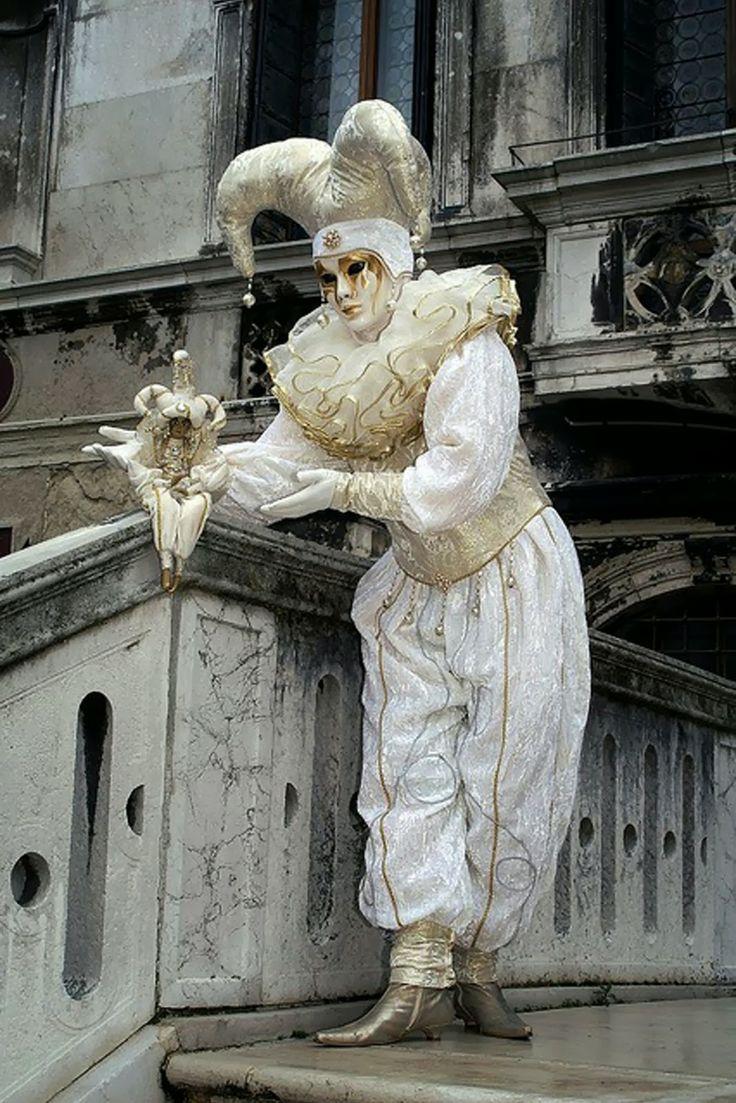 Carnaval Veneciano - Venetian Carnival                                                                                                                                                     Más