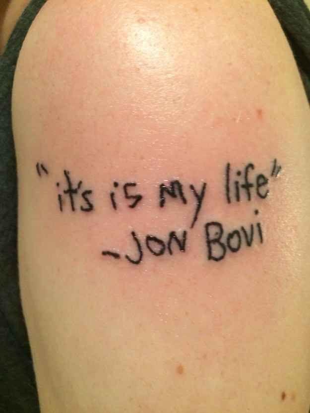 19 Leute, die sich bestimmt nie wieder ein Tattoo wünschen