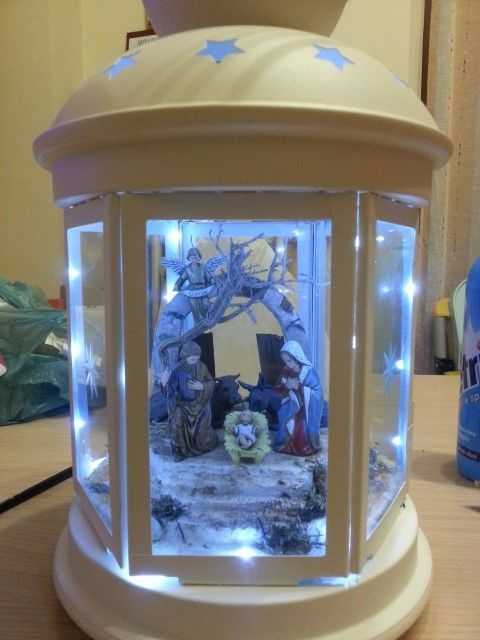Christmas nativity in a Rotera lantern | So, ok, I would of cause never make a nativity scene, but it's a great ideas for other types of displays/scenes too.