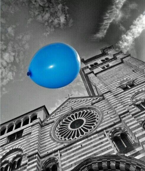 blue balloon ✔  selective colors #art #photography