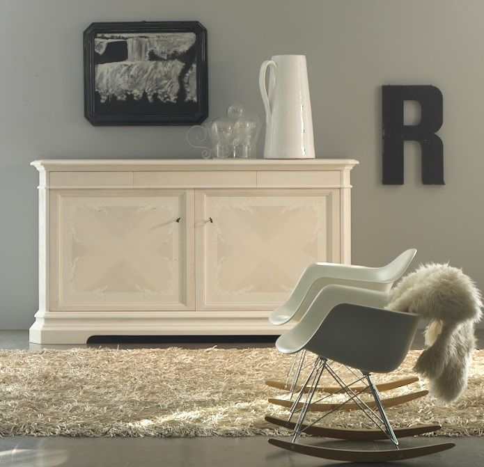 MM642 sideboard in maestrale LATTE color. 100% hand made in Italy www.marchettimaison.com