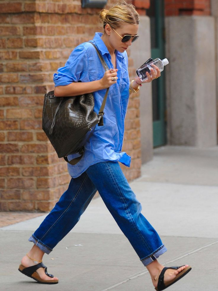 Und da ist er, der ultrateure Alligatorleder-Rucksack von The Row. Designerin Mary-Kate Olsen wird ihn wohl mindestens zum Einkaufspreis aus der Nähstube genommen haben...