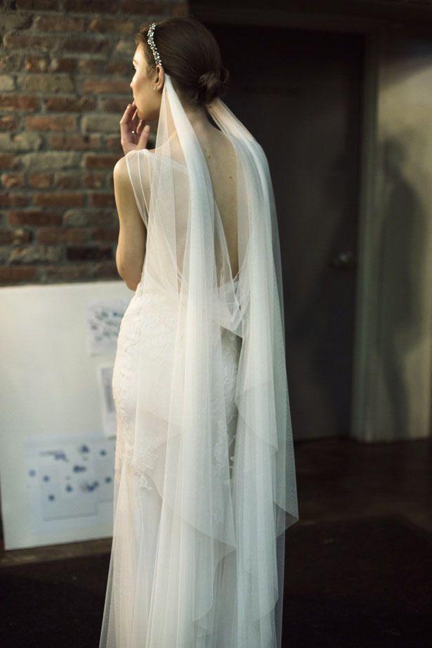Monique Lhuillier Bridal / Beautiful Ivory wedding gown ( dress ) / stunning veil