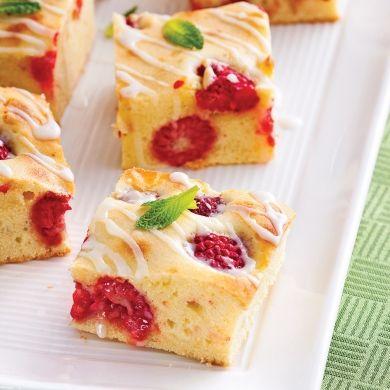Brownies au chocolat blanc et framboises - Desserts - Recettes 5-15 - Recettes express 5/15 - Pratico Pratiques