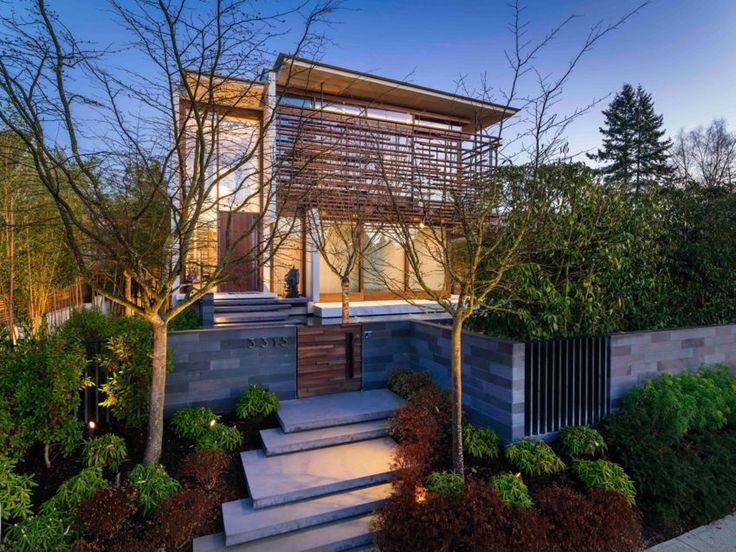 W38th Residence 01 850x638 RUFproject Designs a Home for a Traveler in Vancouver, Canada