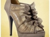 .: Ruffle, Hot Shoes, Chinese Laundry, Gray Heels, Cute Shoes, Style, Bridesmaid Shoes, Shoes 3