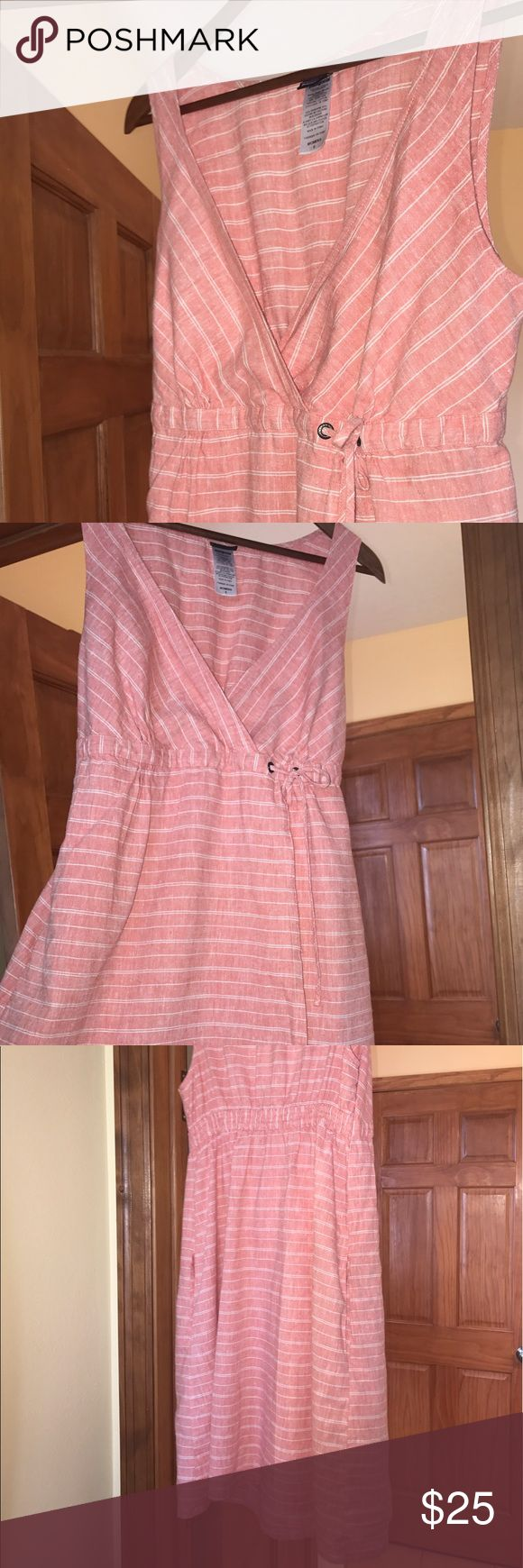 🌷Last day! MAY DAY SALE 🌷Patagonia Organic Summer staple dress with faux wrap, drawstring and elastic combination at waist, and flattering v-neckline. Organic fibers in a peach pink tone made by Patagonia, women's size 6. Patagonia Dresses