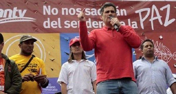 Este jueves luego de la manifestación de un grupo de trabajadores de Cantv contra la supuesta privatización de la empresa pública, el secretario general de
