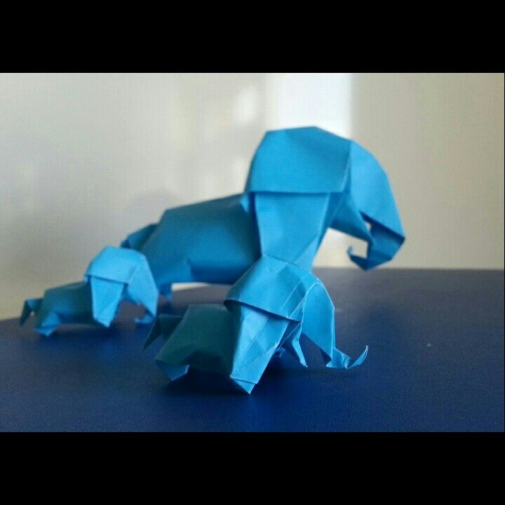 Blue elephant family    by 'delice'