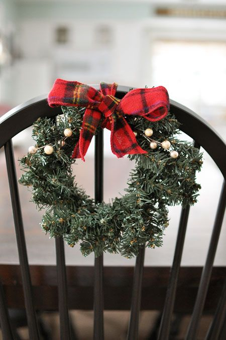 I love this super simple and affordable way to help dress up your Holiday table and chairs