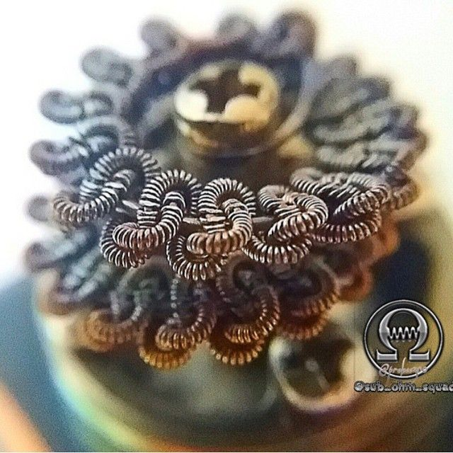 No Words. By @probee300 | #coilart #coilporn #vape #igers #instagood #instadaily #webstagram #vapor #ecig #eliquid #vapeporn #improof #vapelyfe #vapefinds #calivapers #love #follow #photooftheday #repost #fun #vapefriends #vapefam #dripclub