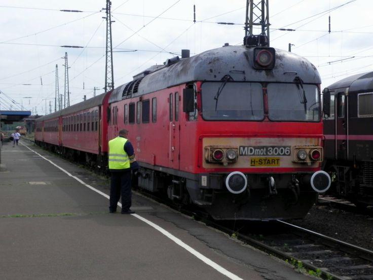 MDmot 3006 local train from Debrecen to Nagykereki: Photo: Jörg Ohlhaver #MÁV #train #Hungary #Debrecen