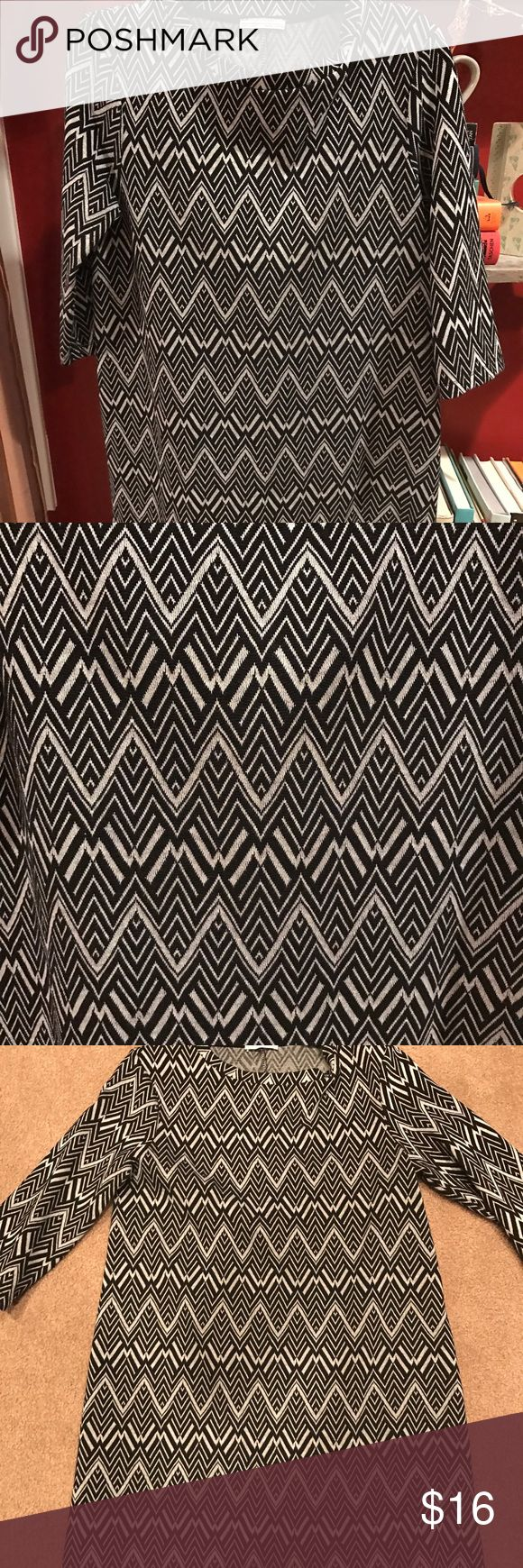 New Zara Aztec Print Dress Size Large worn once! Near perfect condition perfect for the working gal 👌👌👌 Zara Dresses Midi