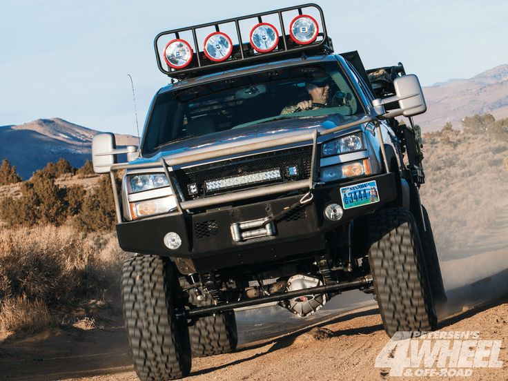 2006 #Chevy 2500HD; Trail Hunter - A Locked & Loaded Solid-Axle Diesel Monster - Featured Article Here: http://www.4wheeloffroad.com/featuredvehicles/131_1304_2006_chevy_2500hd_trail_hunter/