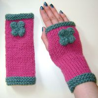 Fingerless Gloves Wrist Warmers Mittens in Raspberry Pink & Green with Flower
