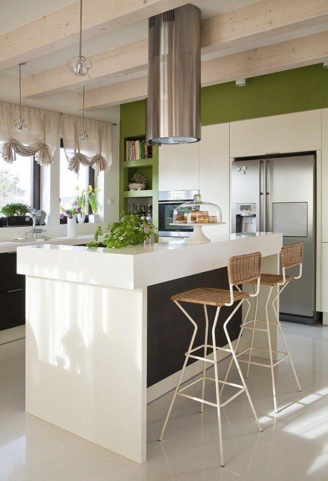wandfarbe küche kochinsel weiße schränke grüne wände