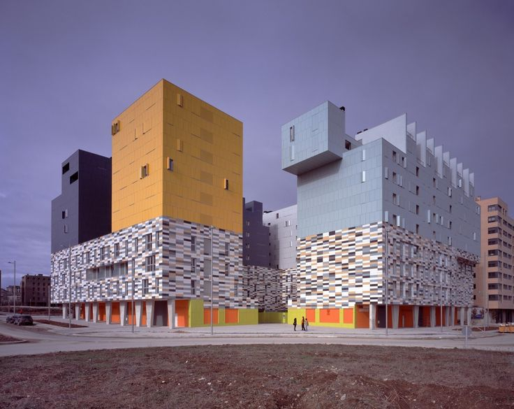 177 Social Housing in Vitoria designed by  Matos-Castillo Arquitectos, Bulevar de Salburua Kalea, Vitoria-Gasteiz, Álava, Spain - 2007.