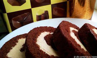 DIN SERTARUL CU REȚETE: Ruladă cu cremă caramel