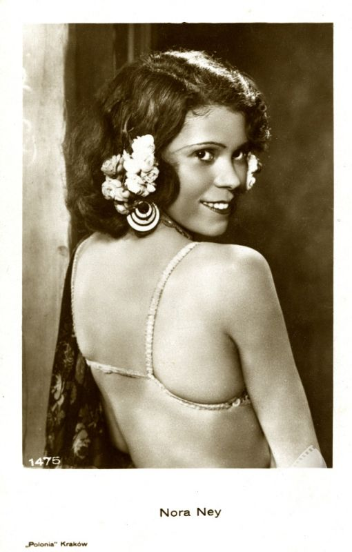 Nora Ney (FOTOTEKA FILMOTEKI NARODOWEJ) #polish #actress #oldcinema #beatiful #woman #star #moviestar #cinema