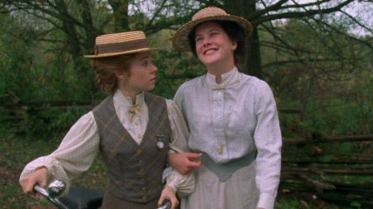 anne of green gables essay Anne of green gables is the story of a little orphan girl, anne shirley, finding a home at green gables with the unsuspecting brother and sister team, marilla and.