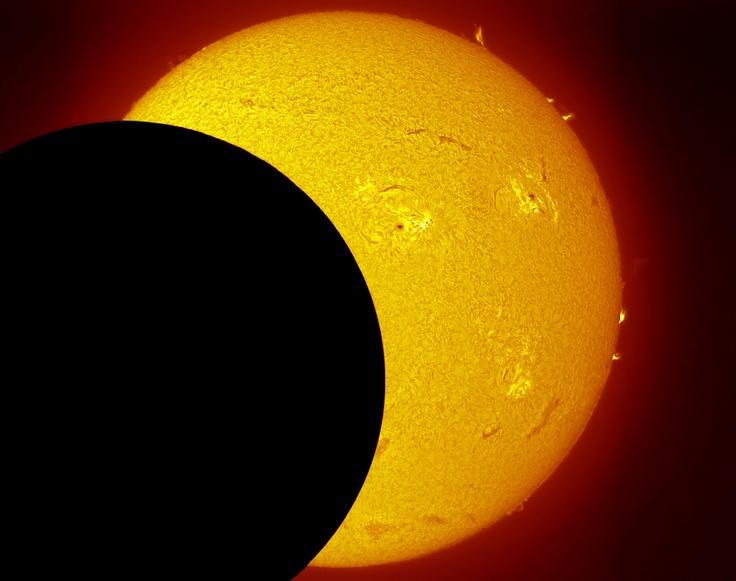 Coronado SolarMax II 60- Annular Solar Eclipse May 20 2012