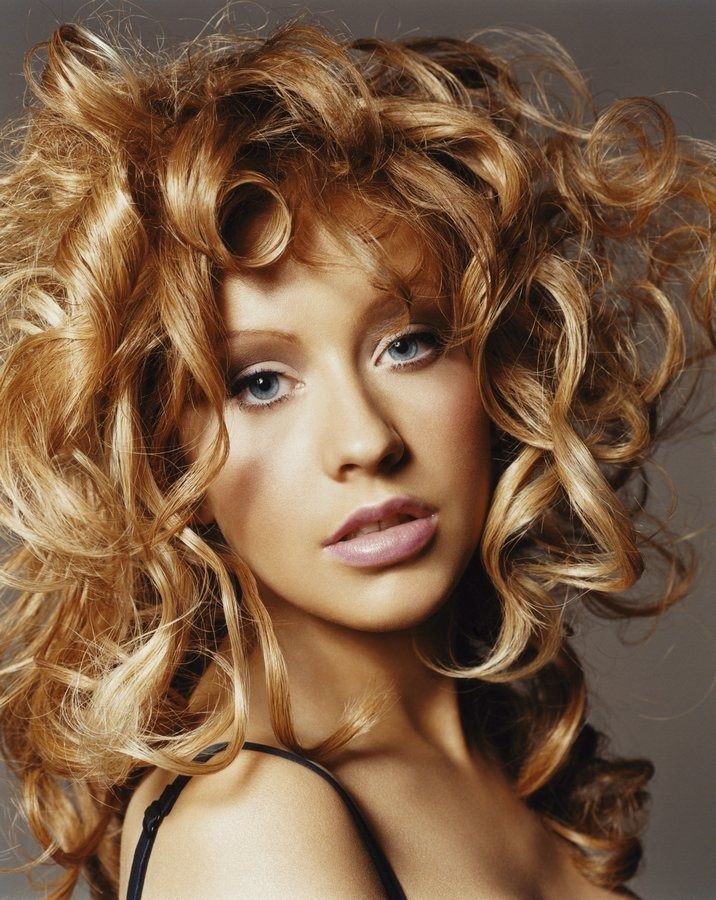 christina aguilera strawberry blonde beauty pinterest