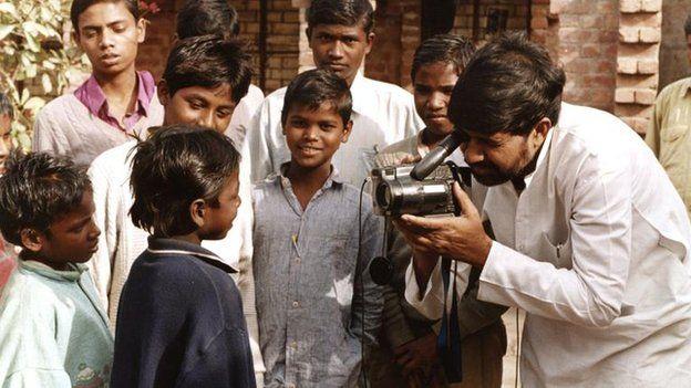 Pakistani child education activist Malala Yousafzai and Kailash Satyarthi, an Indian child rights campaigner, have jointly won the Nobel Peace Prize.