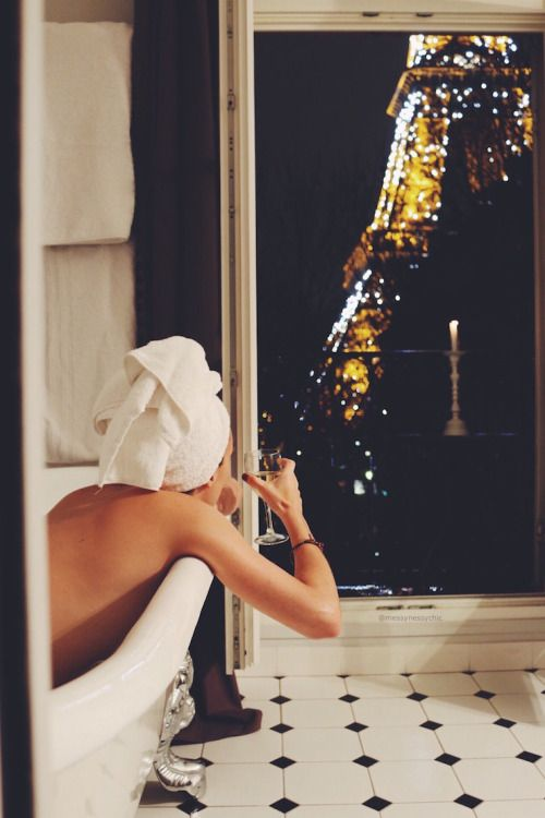 claw-foot tub, wine and the Eiffel tower | messynessychic